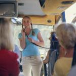 гид в автобусе