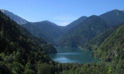 Как полезно и приятно отдохнуть в Абхазии?