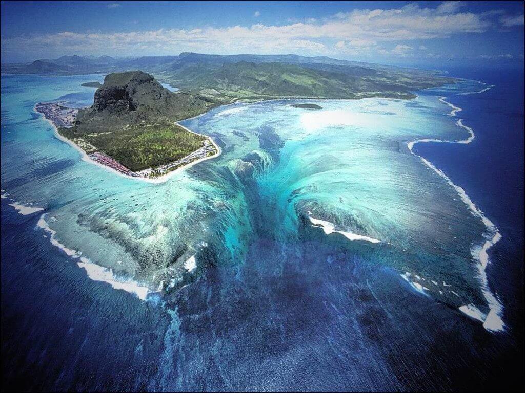 каскады на дне океана фото