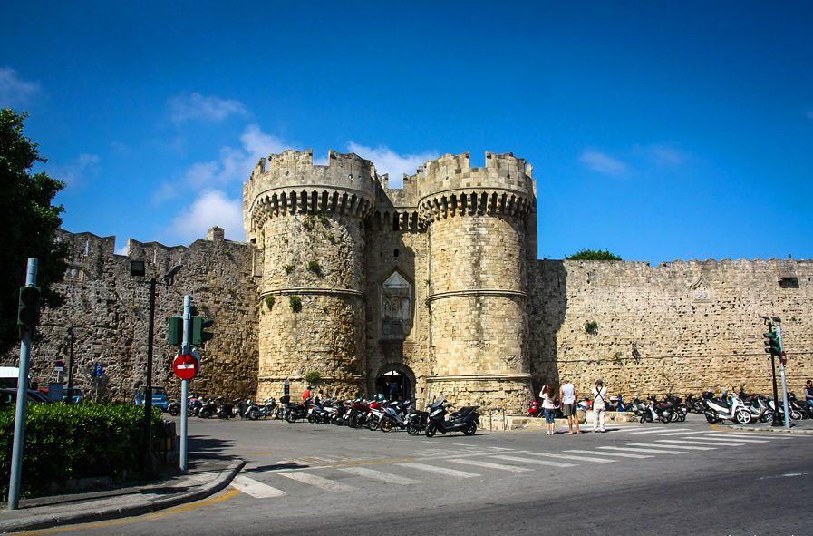 Фото портовые ворота в город