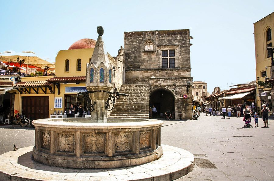 фото торговый центр в старом городе