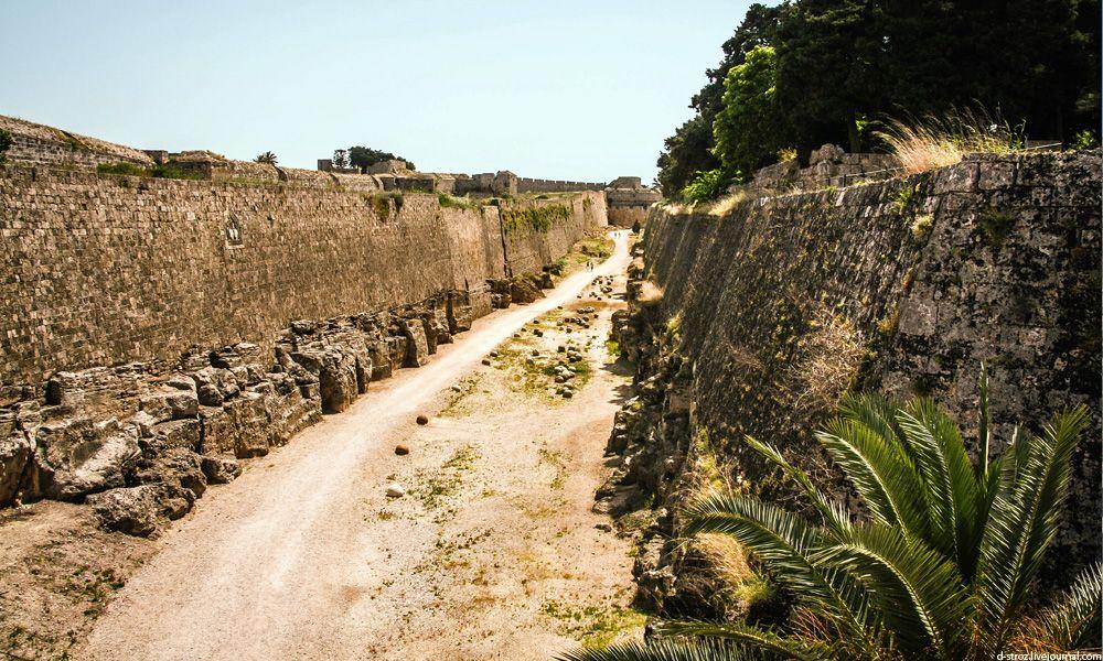 фото крепость острова Родос с одноименным названием