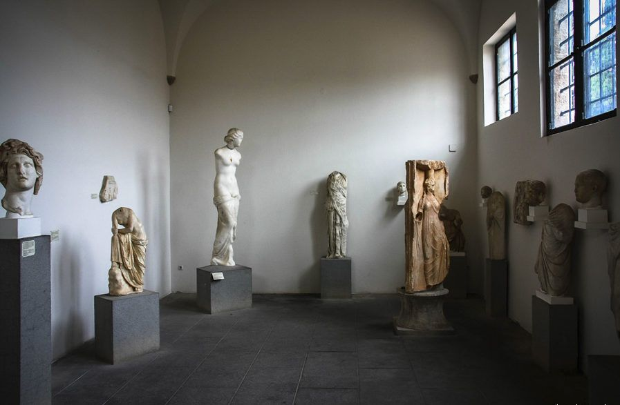 фото сохранившиеся статуи