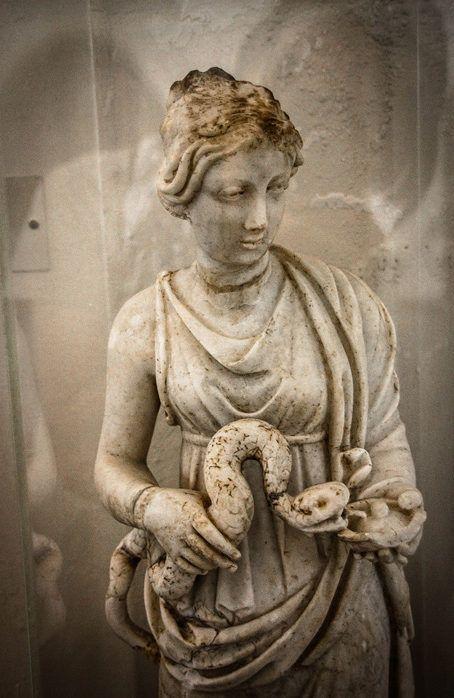 фото скульптура артемиды