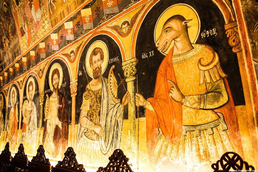 фото фрески в церкви Богородицы
