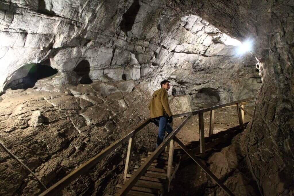 облагороженная пещера