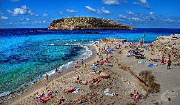 Нудистские пляжи на фото