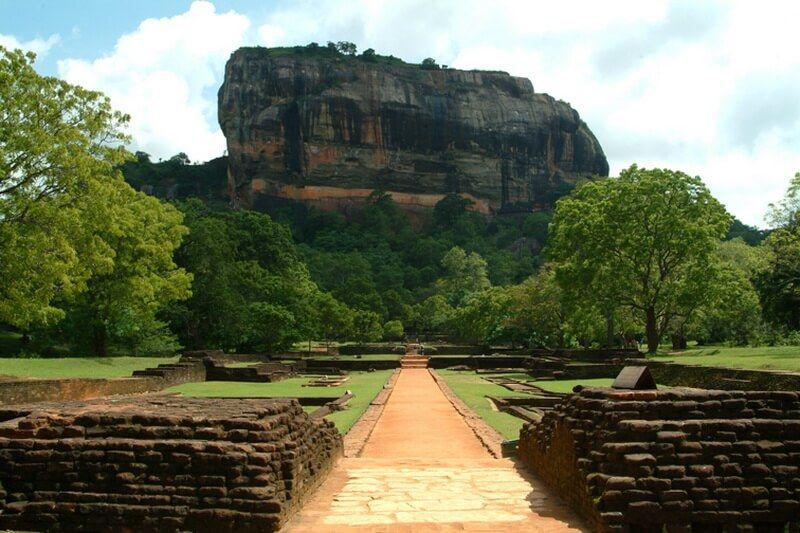 Львиная скала в Шри-Ланке