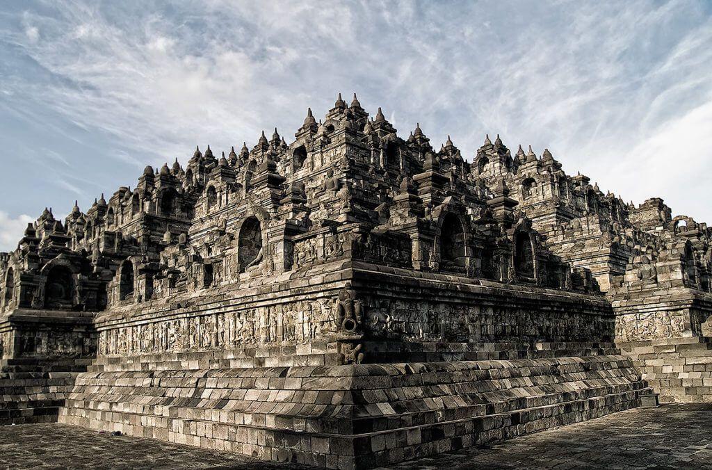 Храмовый комплекс Боробудур на острове Ява