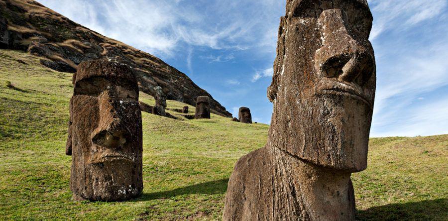 Каменные гиганты на острове Пасхи