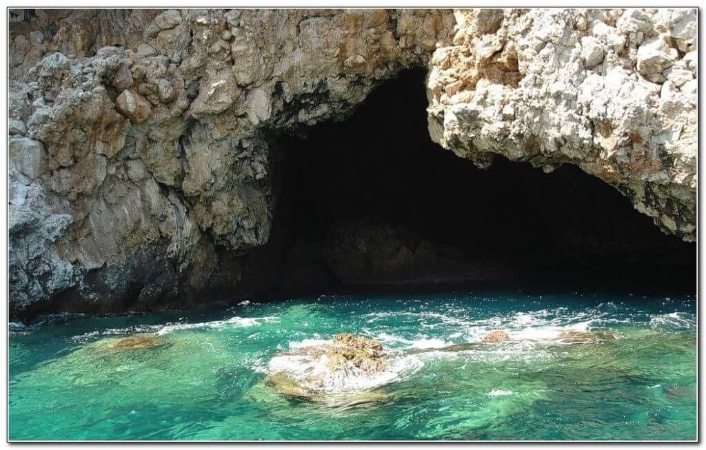 Пещера пиратов в Алании