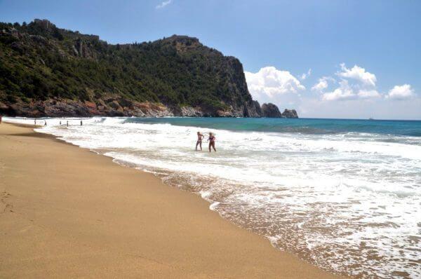 пляж Клеопатры в Алании (Турция)