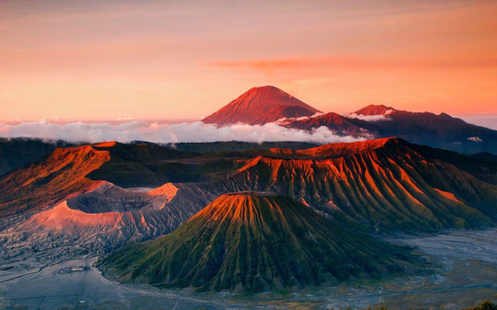 Вулкан Бромо на острове Ява