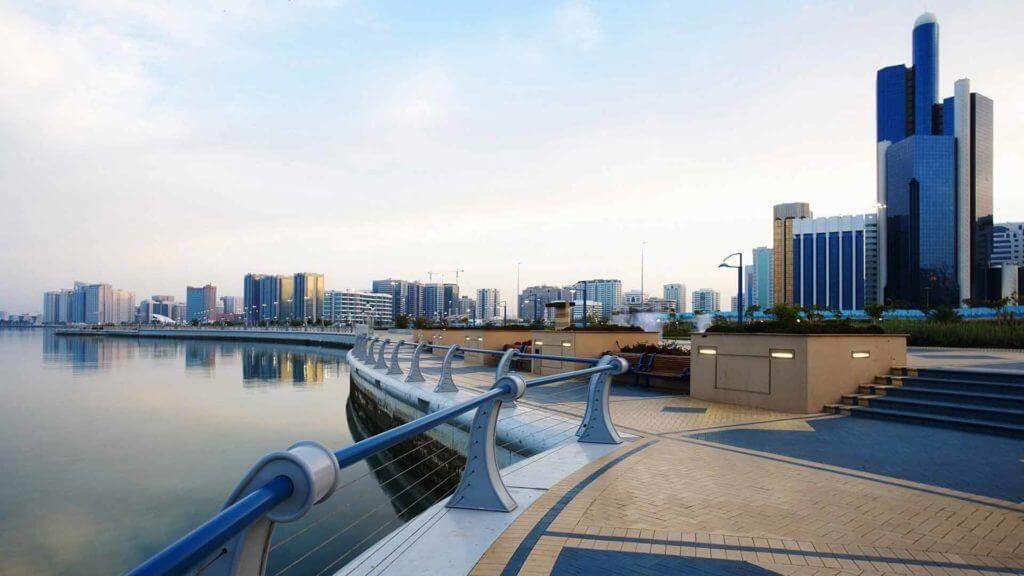 фото набережной в Абу-Даби