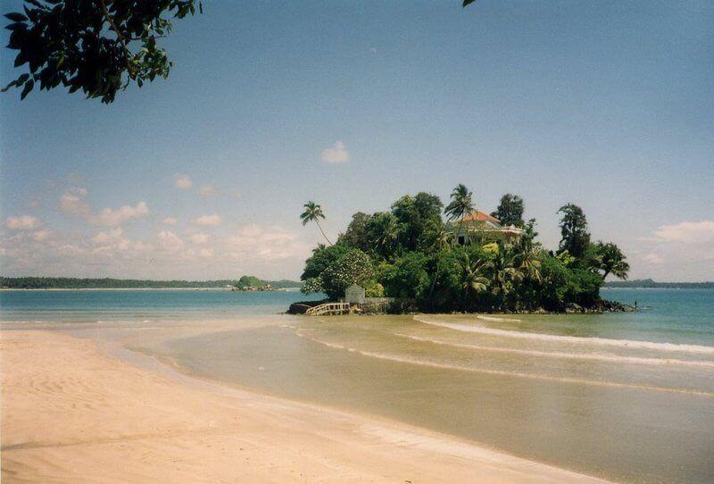 фото пляжа Велигама (Шри-Ланка)