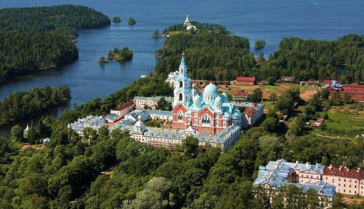 Валаамский монастырь Где находится как доехать фото экскурсии из Москвы Санкт-Петербурга