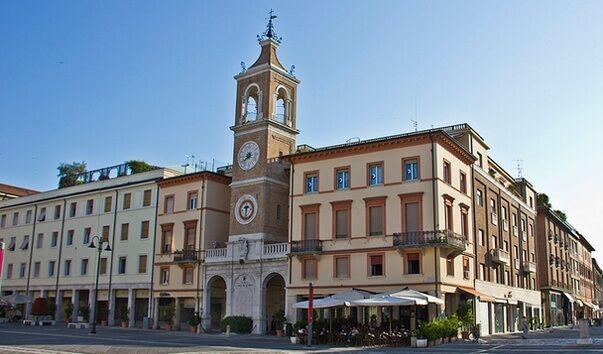 Палаццо Бриоли Римини