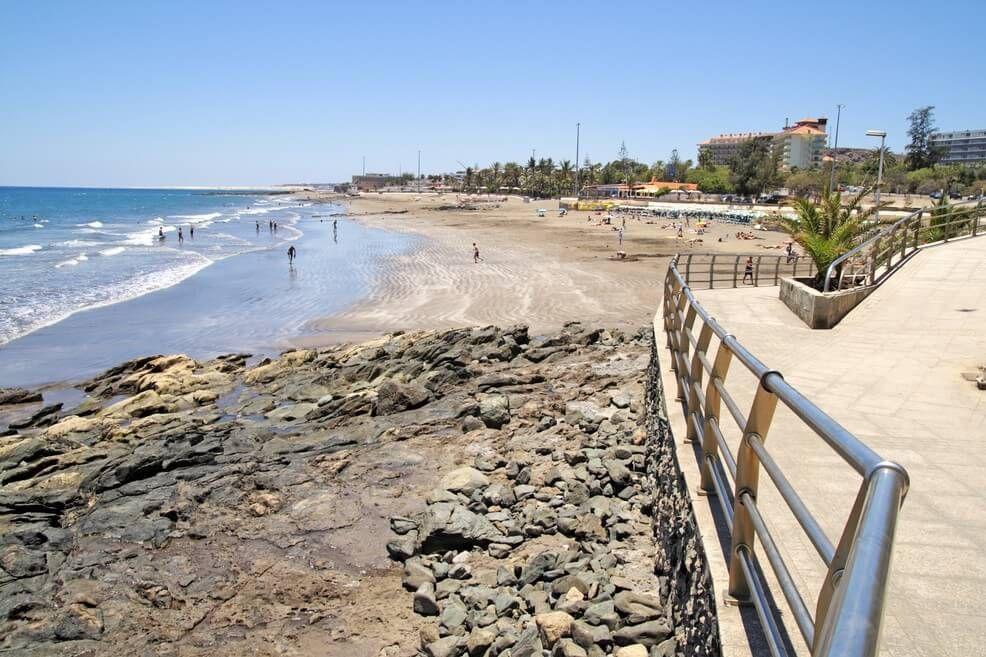 Пляж Сан-Агустин на Канарских сотровах