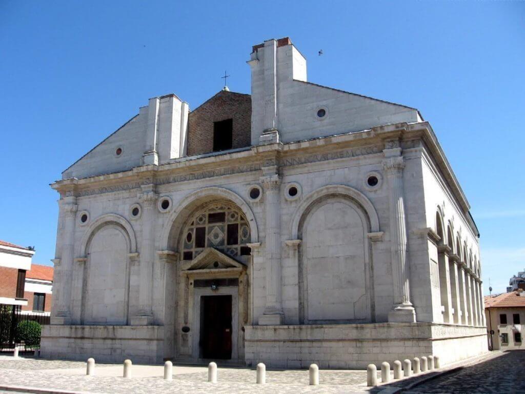 Базилика Малатеста