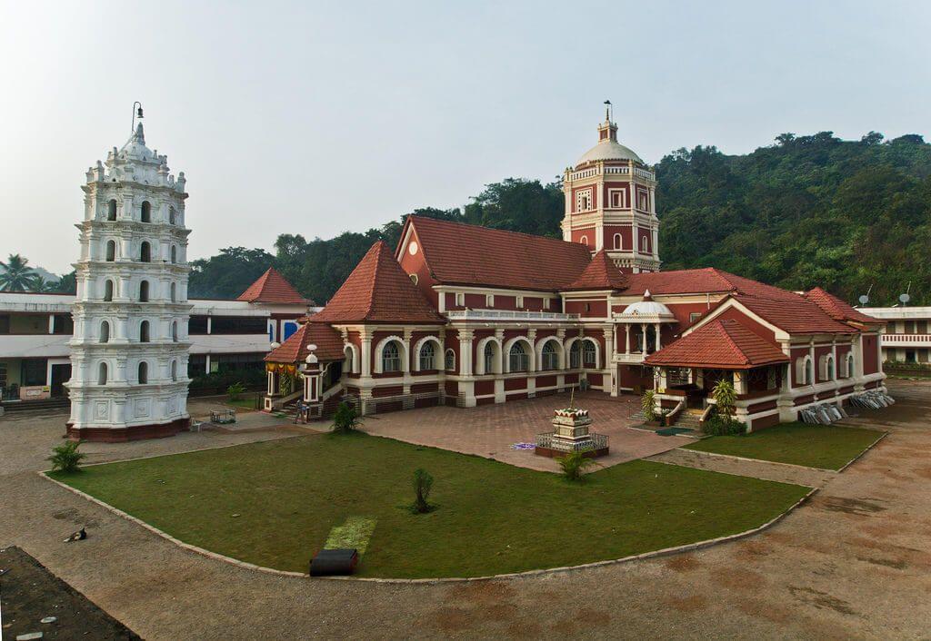 храм 18 века в Гоа