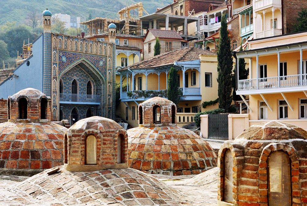 В Тбилиси есть серные бани