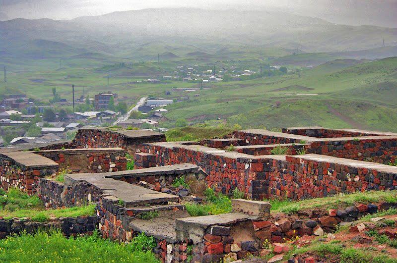 Армения Крепость Эребуни