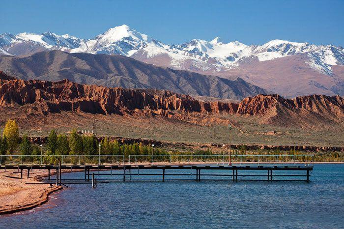 Киргизия озеро Иссык–Куль