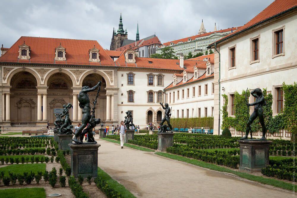 фото дворца Вальдштейна
