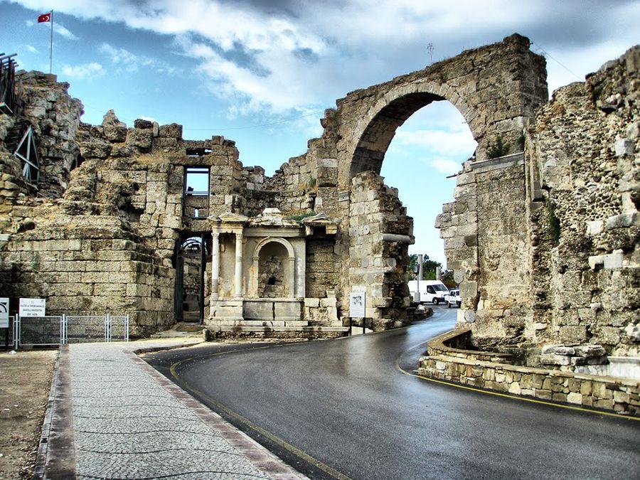 Сиде ворота Веспасиана