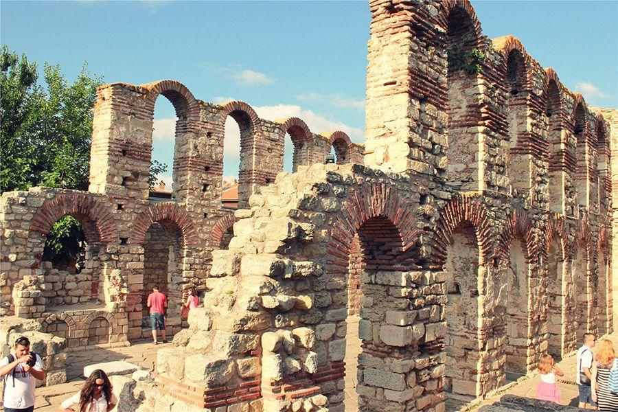 Несебр руины Византийской крепости