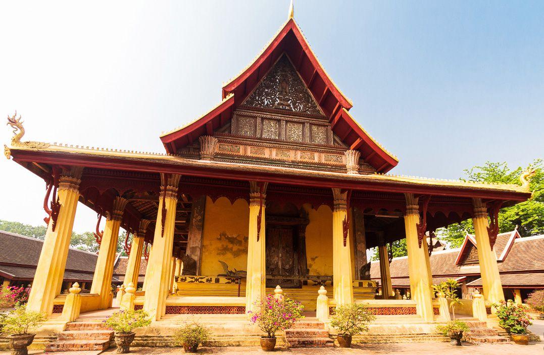 храм Ват Сисаке