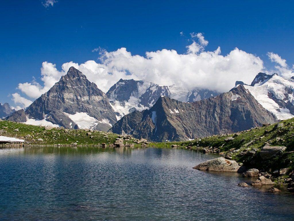 Озеро в Сванетии