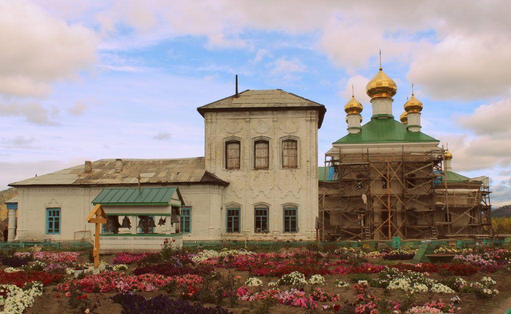 Свято-Троицкий Селенгинский монастырь близ Улан-Удэ