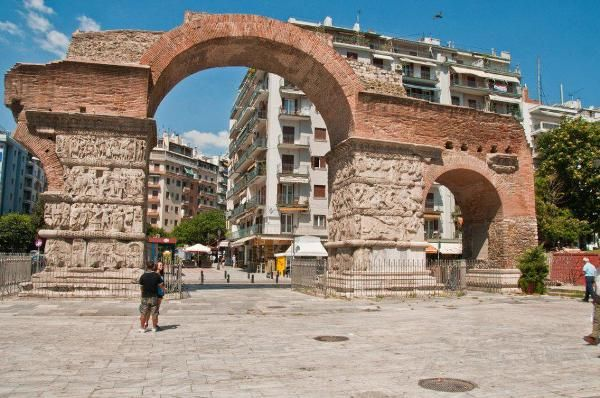 Греция – пляжный отдых в Салониках, обласканный морем и солнцем