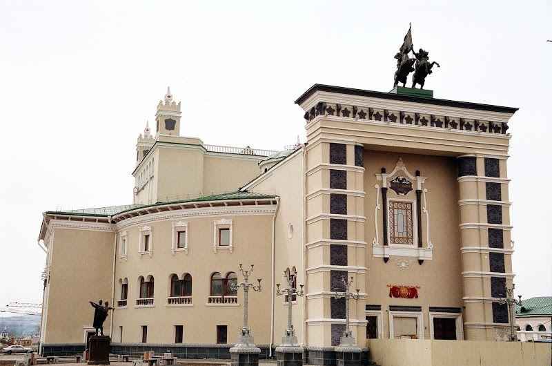 Академический театр оперы и балета в Улан-Удэ