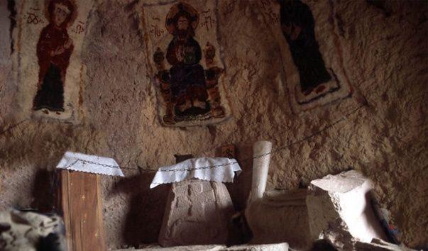 пещерный храм фото