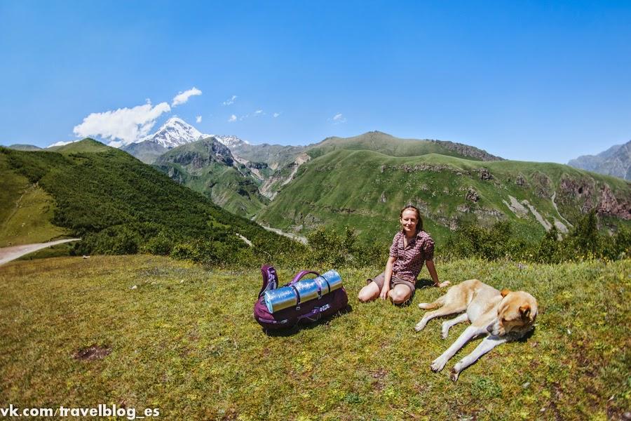 Знаменитые достопримечательности Казбеги: памятники старины и чудеса природы