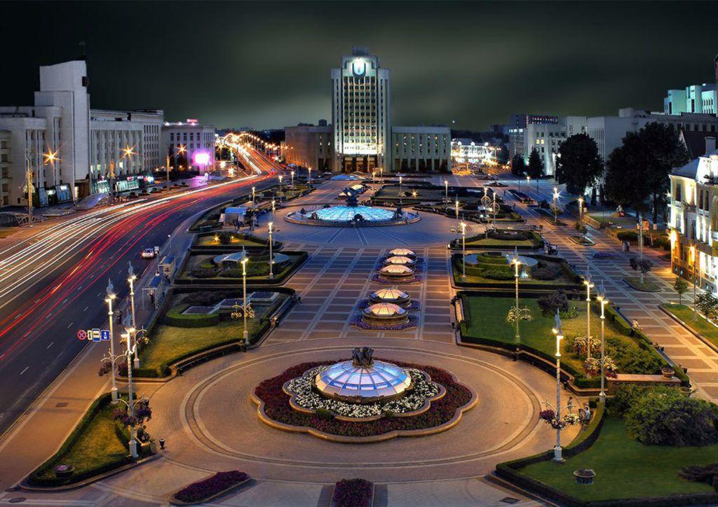 Площадь независимости в городе Минск