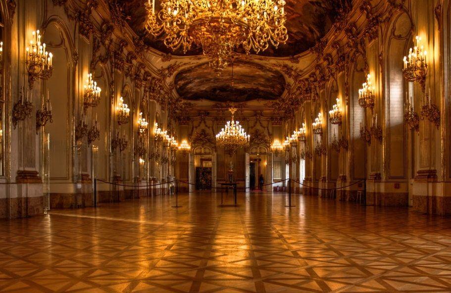 Дворец Шёнбрунн внутри, Вена, Австрия