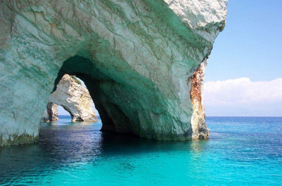 Голубые пещеры острова Закинф