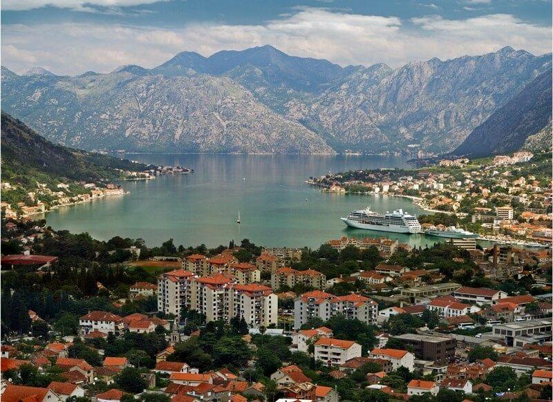 Уютный черногорский городок Цетине