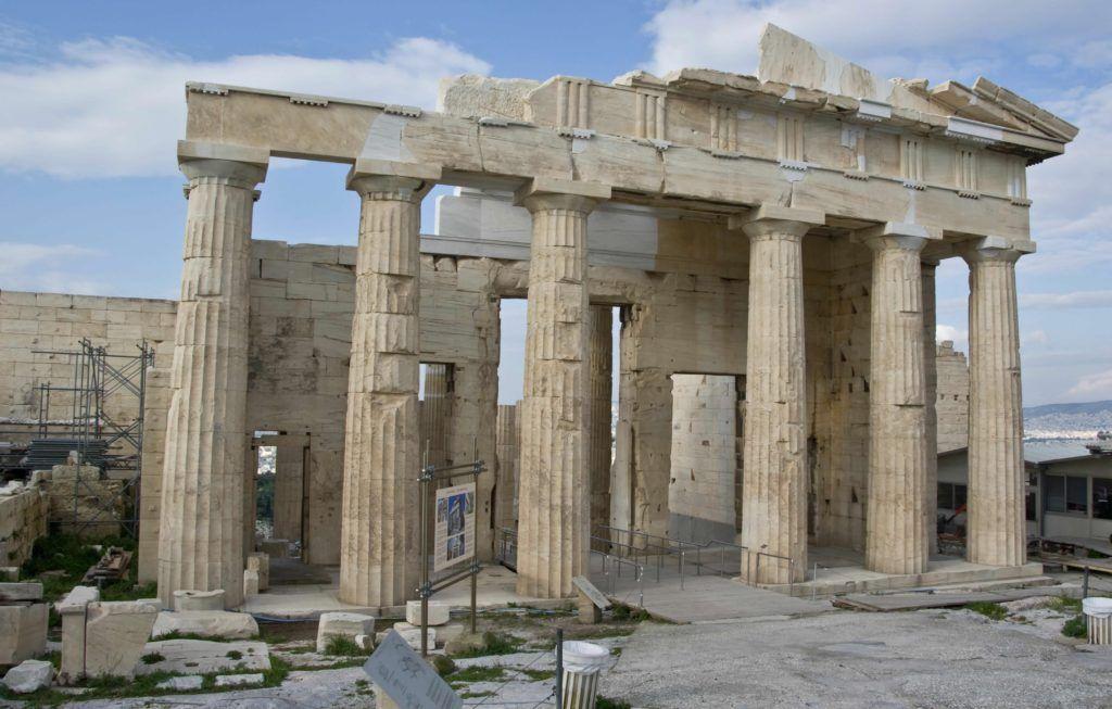 Пропилеи Афинского Акрополя