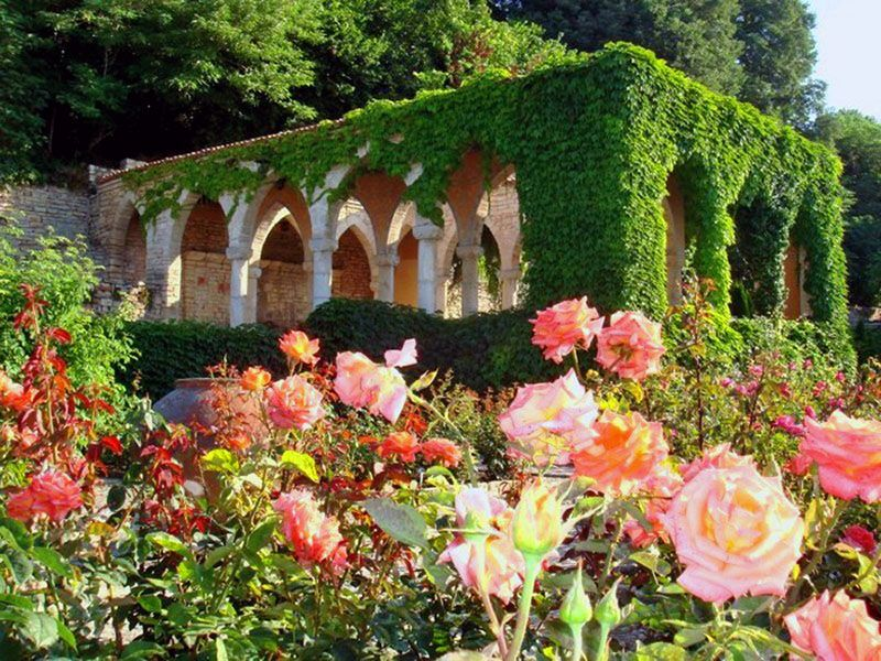Сад румынской королевы, Балчик