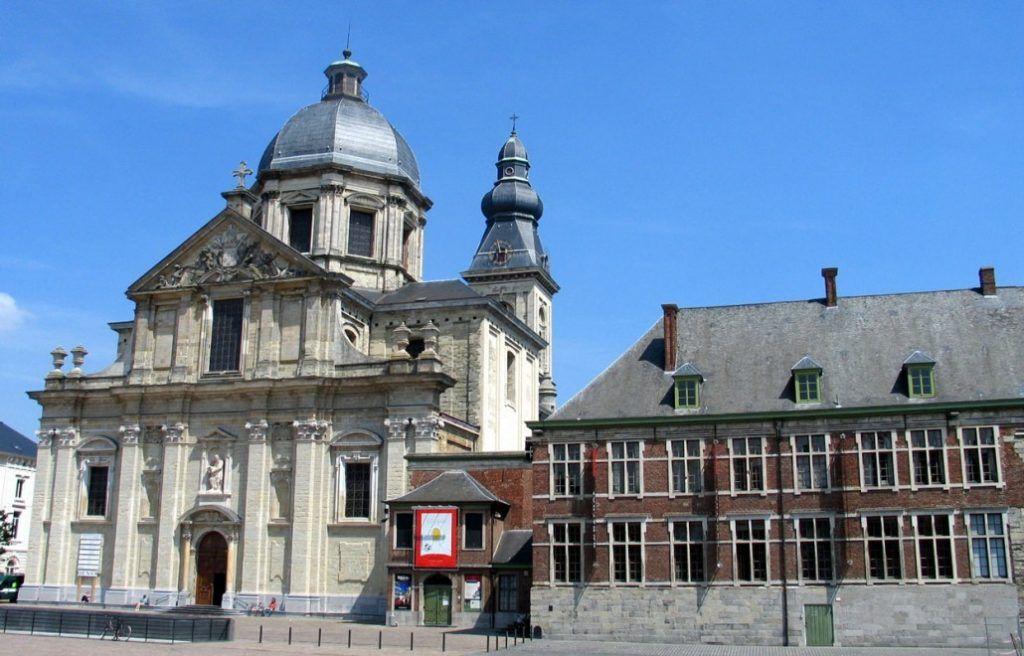 Храм Богоматери и Святого Петра, Гент, Бельгия