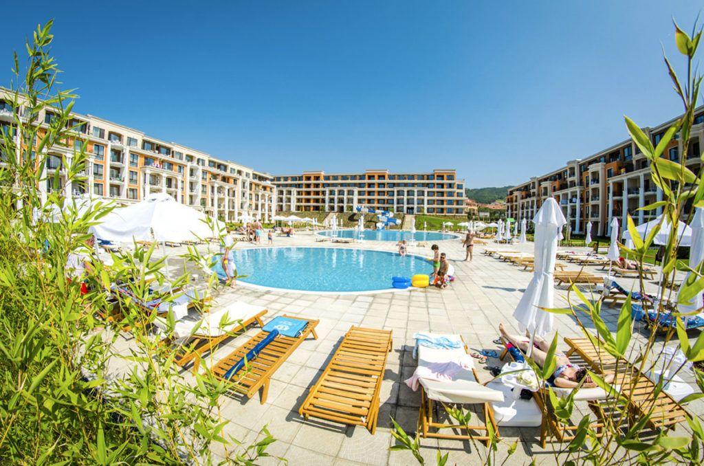 Отель Premier Fort Cuisine на курорте Солнечный берег