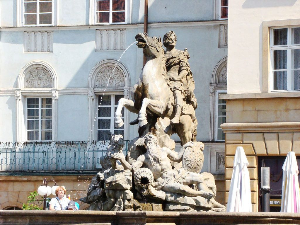Фонтан Цезаря в городе Оломоуц