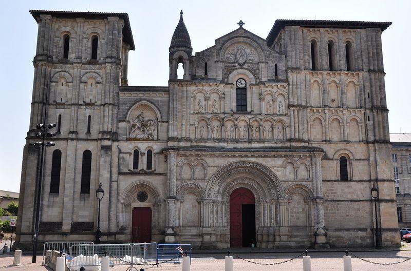 Церковь Святого Креста в Бордо