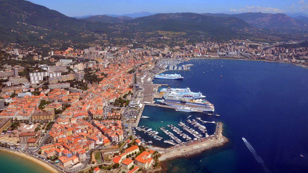 Круизный порт Аяччо, остров Корсика , Франция