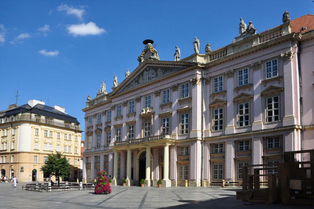 Архиепископский дворец в Братиславе