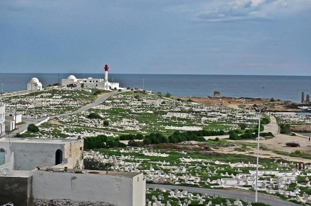 Мыс Африка и кладбище в Махдие